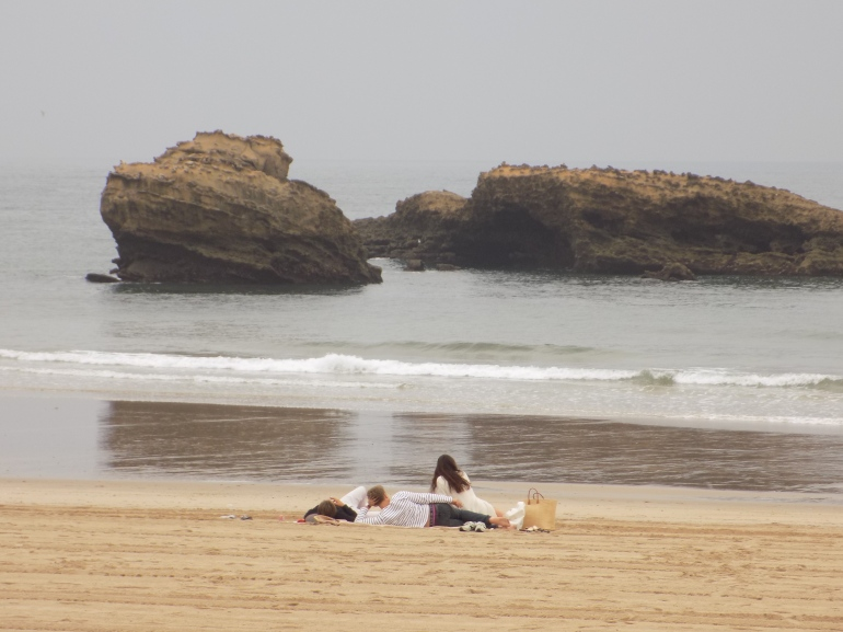 Amigos en gran plage